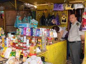 Controalele au avut drept scop reducerea evaziunii fiscale în rândul comercianţilor de la tarabe şi eliminarea de pe piaţă a mărfurilor de contrabandă