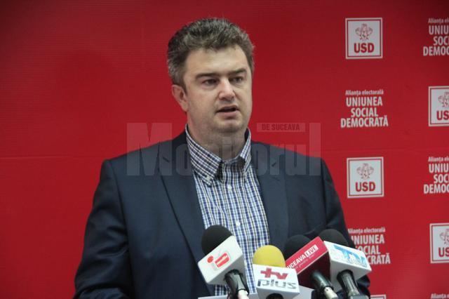 Liderul grupului consilierilor PSD, Cătălin Nechifor, a motivat că PSD nu are consilieri specialişti în agricultură pentru această comisie