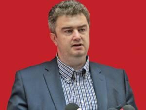 Fostul preşedinte al Consiliului Judeţean Suceava Cătălin Nechifor este din data de 27 iunie a.c. director adjunct la SC Servicii Comunale Rădăuţi