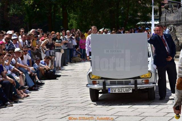 Autoturism Dacia 1300 din 1969, primul în care s-a fabricat modelul, cu seria de şasiu 00002