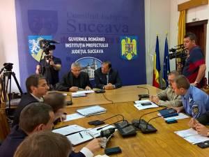 Preşedintele Consiliului Judeţean Suceava, Gheorghe Flutur, a fost invitat, ieri, la şedinţa lunară a Colegiului Prefectural Suceava