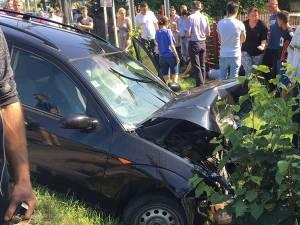 Autoturismul care ar fi provocat accidentul