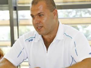 """Florin Haidamac: """"Intenţia mea este să le oferim acestor copii lapte praf, pampersi, hăinuţe, poate chiar medicamente"""""""