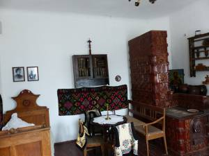 Casa reconstituie atmosfera de secol XIX din casa parohială