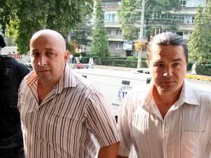 "Constantin Nistor, alias ""Copilu"" (dreapta)"