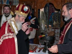 ÎPS Pimen şi preotul Mihai Negrea