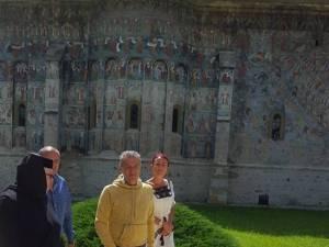 Gigi Becali, în pelerinaj la mănăstirile din Bucovina