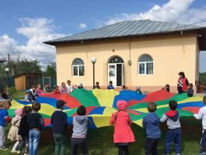 """Caravana de vară """"Fiecare Copil în Grădiniță"""", la Suceava"""