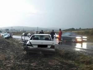 Accident cu trei răniţi, la ieşirea din municipiul Suceava spre Pătrăuți