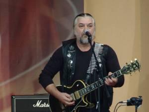Nicu Covaci va reveni în Suceava după mai bine de 20 de ani, concertul trupei Transilvania Phoenix fiind programat să înceapă la ora 22:30. Foto: actori.info