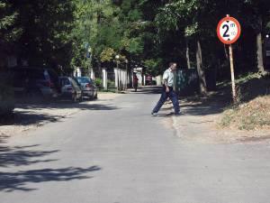Strada Leca Morariu, refăcută cu covor asfaltic pe o porţiune de 800 mp
