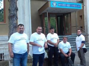 Minerii spun că de astăzi intenţionează să intre în greva foamei în faţa Ministerului Energiei