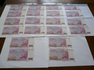 50.000 de euro, posibil falşi, confiscaţi de la un bărbat, în centrul Sucevei