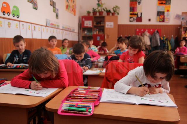Școală de toamnă în limba engleză pentru elevii suceveni