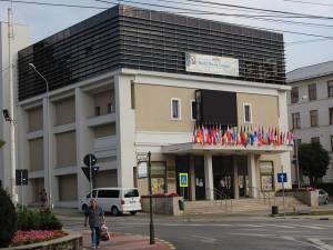 Cinematograful Modern cu steagurile UNICA