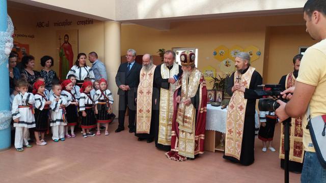 """Preşcolarii de la Grădiniţa """"Sfântul Ioan cel Nou"""" au început cursurile"""