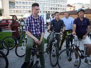 """""""BizzBike - Business pe bicicletă"""""""