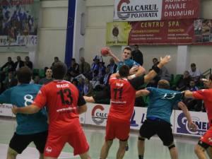 Handbaliştii suceveni s-au impus la 4 goluri, la Călăraşi