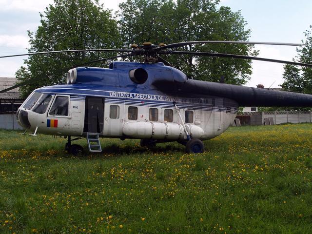 Echipajele de la sol beneficiază de sprijinul unui elicopter din cadrul Inspectoratului General de Aviaţie
