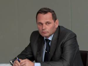 """Ioan Măriuţa: """"Este prima dată în istoria Aeroportului <Ștefan cel Mare> când am reuşit să depăşim cifra de 10.000 de pasageri procesaţi într-o singură lună"""""""