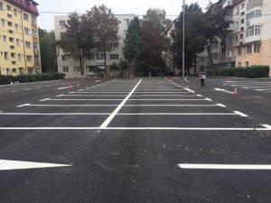 Parcarea de lângă Piaţa Mică, după lucrările de modernizare