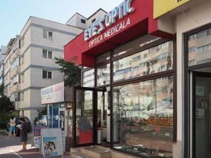 Magazinul Eye's Optic de pe bulevardul George Enescu