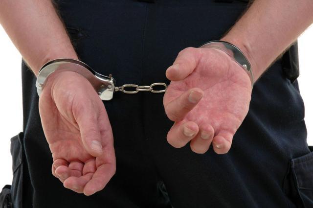 Tânărul a fost arestat preventiv pe o perioadă de 30 de zile, sub aspectul comiterii infracţiunii de viol