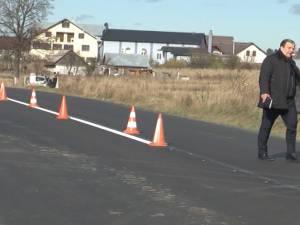 Gheorghe Flutur consideră prioritare lucrările de asfaltare a drumurilor către Rădăuţi