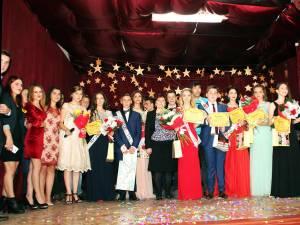 """Casa de Cultură a oraşului Liteni a găzduit Balul Bobocilor al Liceului Tehnologic """"Iorgu Vârnav Liteanu"""""""