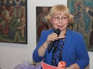 Elena Brânduşa Steiciuc