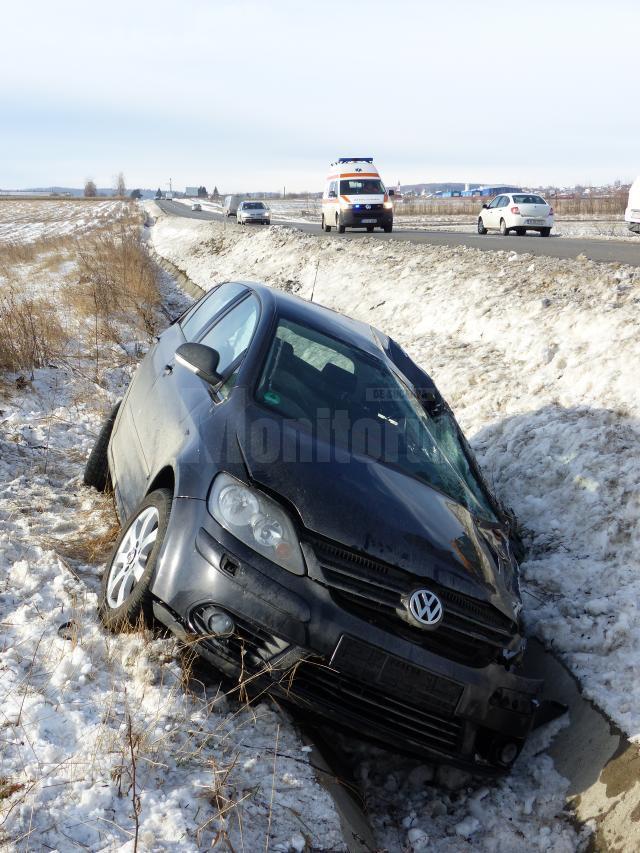 Un grav accident rutier în care au fost angrenate trei autoturisme a avut loc la intrarea în localitatea Ilișești
