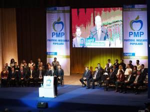 Traian Băsescu a venit la Suceava pentru a-i susţine pe candidaţii PMP pentru alegerile parlamentare
