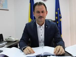 """Viceprimarul Marian Andronache: """"De săptămâna viitoare demarăm acţiunea de toaletare a arborilor, din cartierul Burdujeni"""""""