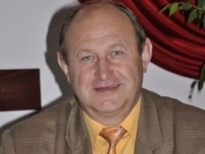 Primarul comunei Şcheia, Vasile Andriciuc, revine în fruntea instituţiei