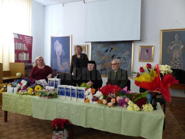 """Doina Cernica şi-a lansat vineri al doilea volum al cărţii """"Ţara de Sus, de mai sus"""""""