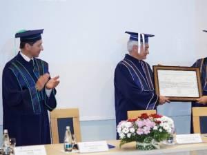 USV a înmânat titlul de Doctor Honoris Causa prof. Jozef Vander Sloten, din Belgia