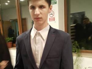 """Alexandru Cozaciuc a câştigat marele premiu al Concursului Internațional de Interpretare Muzicală și Coregrafie """"Emanuel Elenescu"""""""
