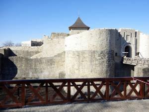Cetatea de Scaun a Sucevei este deschisă spre vizitare pe toată durata minivacanţei de Ziua Naţională a României