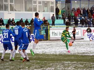 Bogdan Rusu a executat perfect o lovitură liberă și a dus scorul la 3 - 1