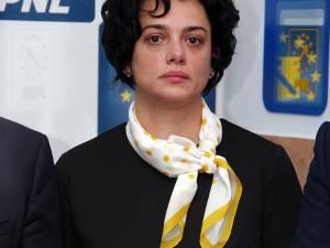 Angelica Fădor vrea să fie vocea comunităţilor locale şi a primarilor în Parlamentul României