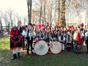 Ansambluri și grupuri folclorice sucevene la festivaluri de datini și obiceiuri