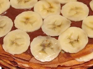 Tort de clătite cu banane. Foto: pinterest.com