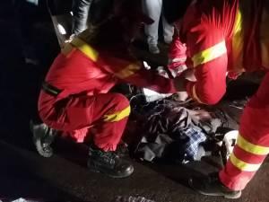 Bărbatul a fost preluat de un echipaj SMURD, murind chiar în ambulanţă, în drum spre Spitalul Municipal Fălticeni