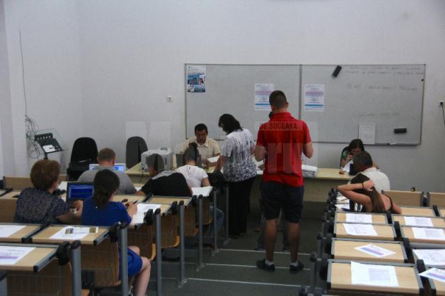 Studenţi suceveni