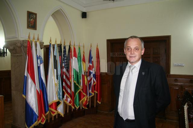 """Vladimir Cerbu, directorul Colegiului Naţional Militar """"Ştefan cel Mare"""" Câmpulung Moldovenesc"""