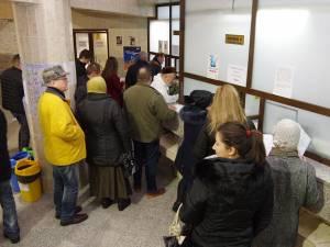 Sute de suceveni s-au grăbit să îşi achite taxele şi impozitele datorate pentru acest an