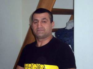 Cristian Bordeanu a ajuns în arestul poliţiei judeţene în baza mandatului de arestare pentru 30 de zile emis de Judecătoria Suceava