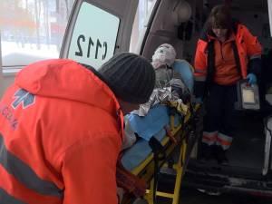 Bărbatul a fost preluat de o ambulanţă de la Rădăuţi şi transportat de Urgenţă la Spitalul Judeţean Suceava