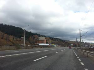 Strada Argestru din Vatra Dornei, zona în care se circulă cu 70 de km/h sursa imobilum.ro