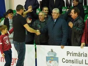 Primarul Ion Lungu a anunţat că va fi, în continuare, alături de echipa de handbal